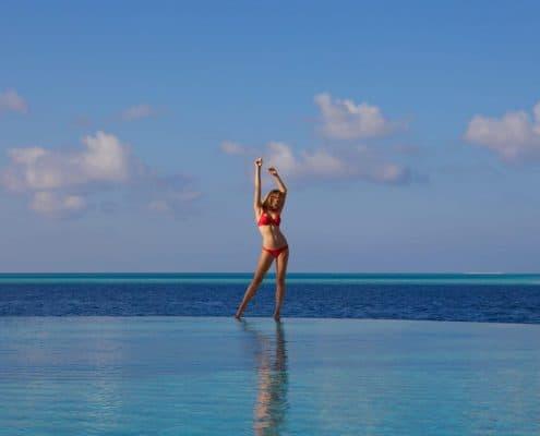 Komandoo Island Resort & Spa Infinity Pool Model