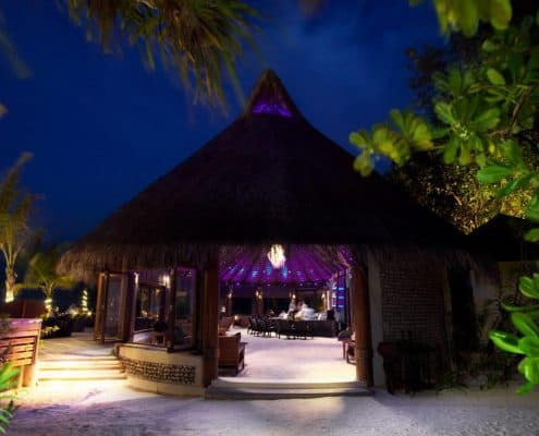 Komandoo Island Resort & Spa Kandu Bar Aussen