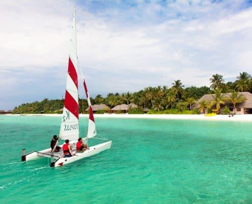 Veligandu Catamaran Segeln