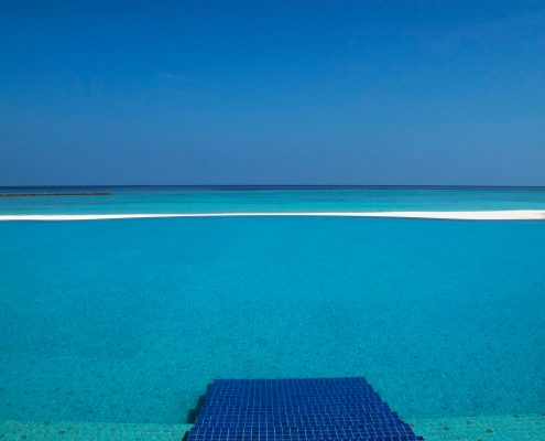 Veligandu Infinity Pool